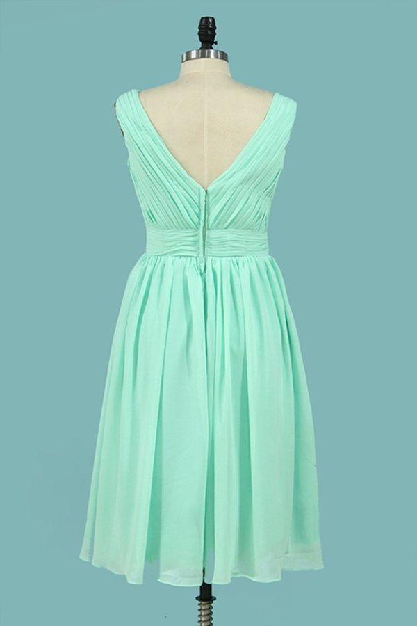 2020 Bridesmaid Dresses V Neck Chiffon With Ruffles A PNDNYJF1