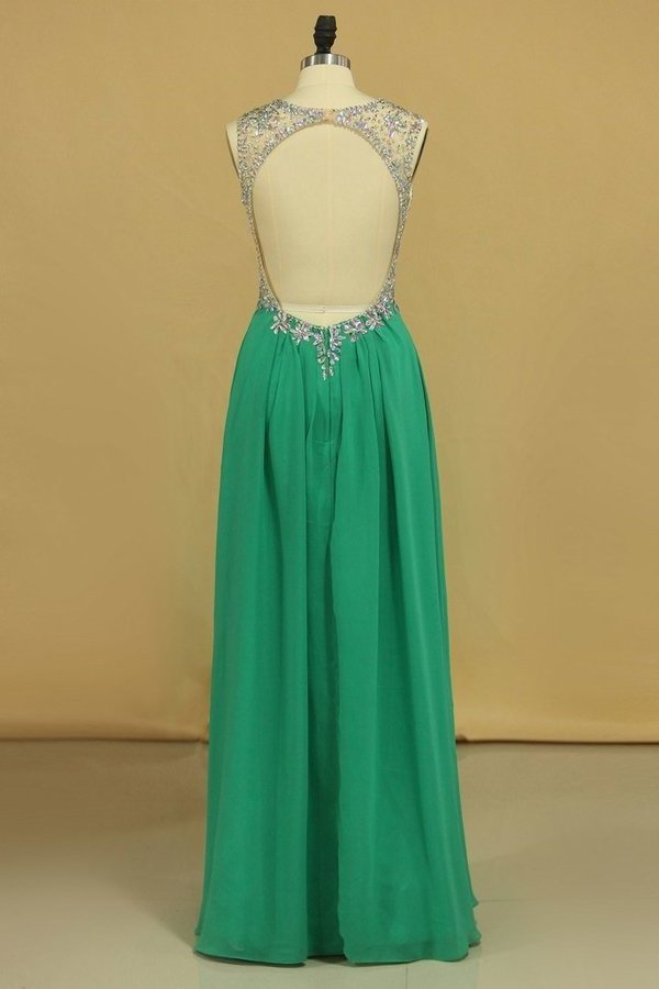 2020 Scoop Open Back A Line With Beads Prom Dresses P2JB7SD7