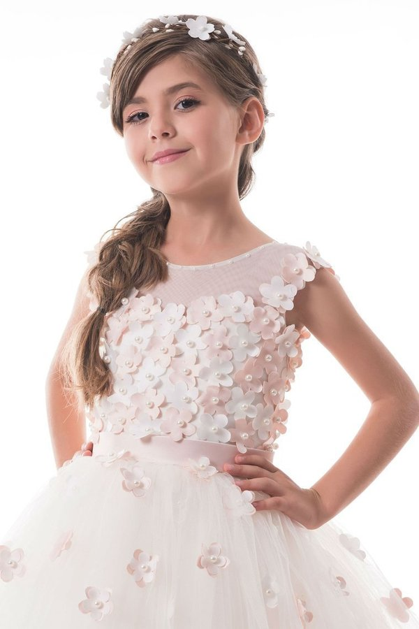 2020 A Line Flower Girl Dresses Scoop Tulle With Handmade Flowers PZGGB58L