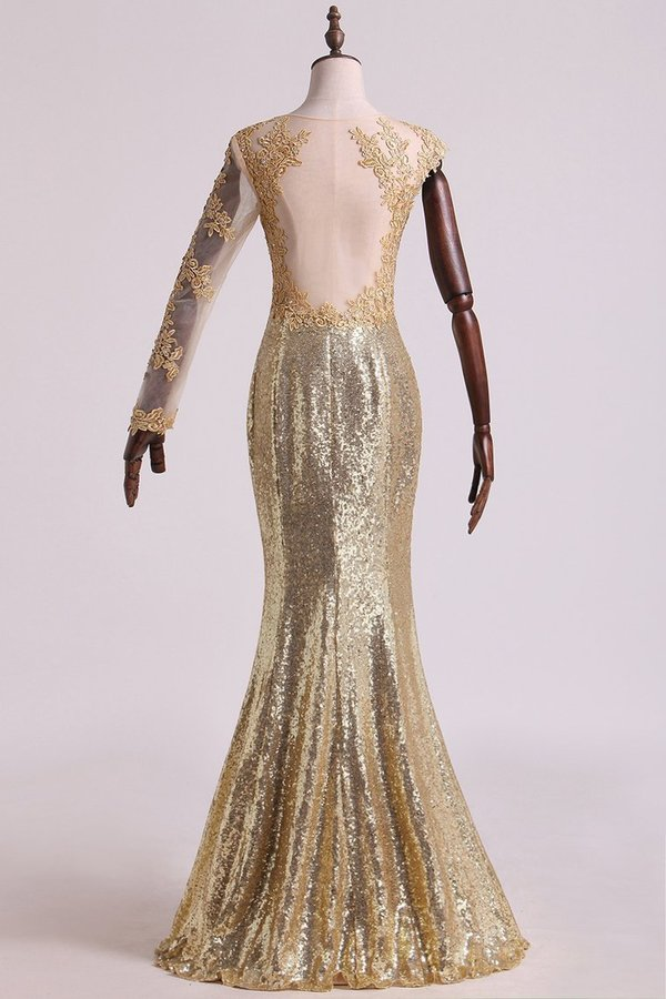 2020 Scoop Mermaid Prom Dresses Sequins With Applique Floor Length PKLSQJQ1