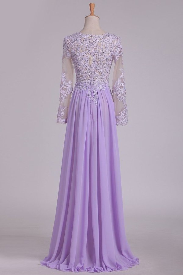 2020 Scoop Long Sleeves Prom Dresses With Applique And Beads A P7JFEGCP