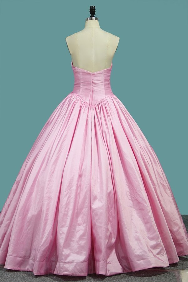 2020 Sweetheart Quinceanera Dresses Ball Gown P2TDDX7J