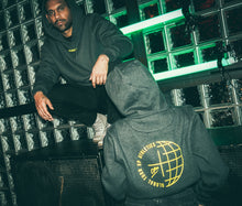 Laden Sie das Bild in den Galerie-Viewer, Crux Global Hoodie