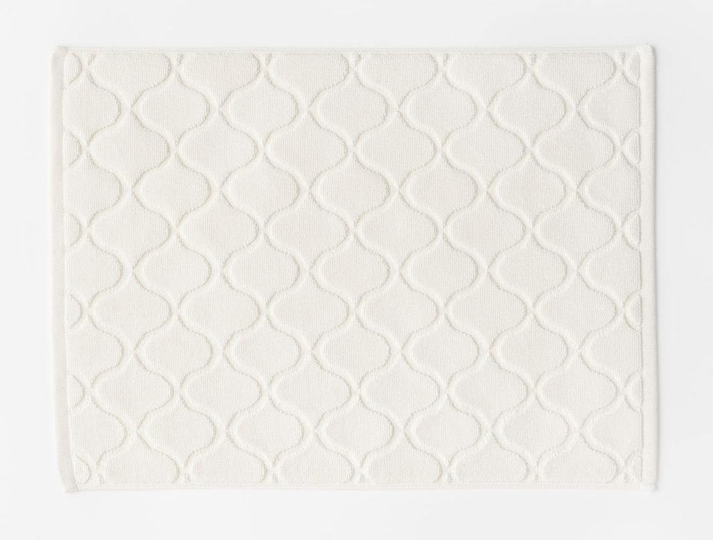 BATH MATTILE MAT / WHITE
