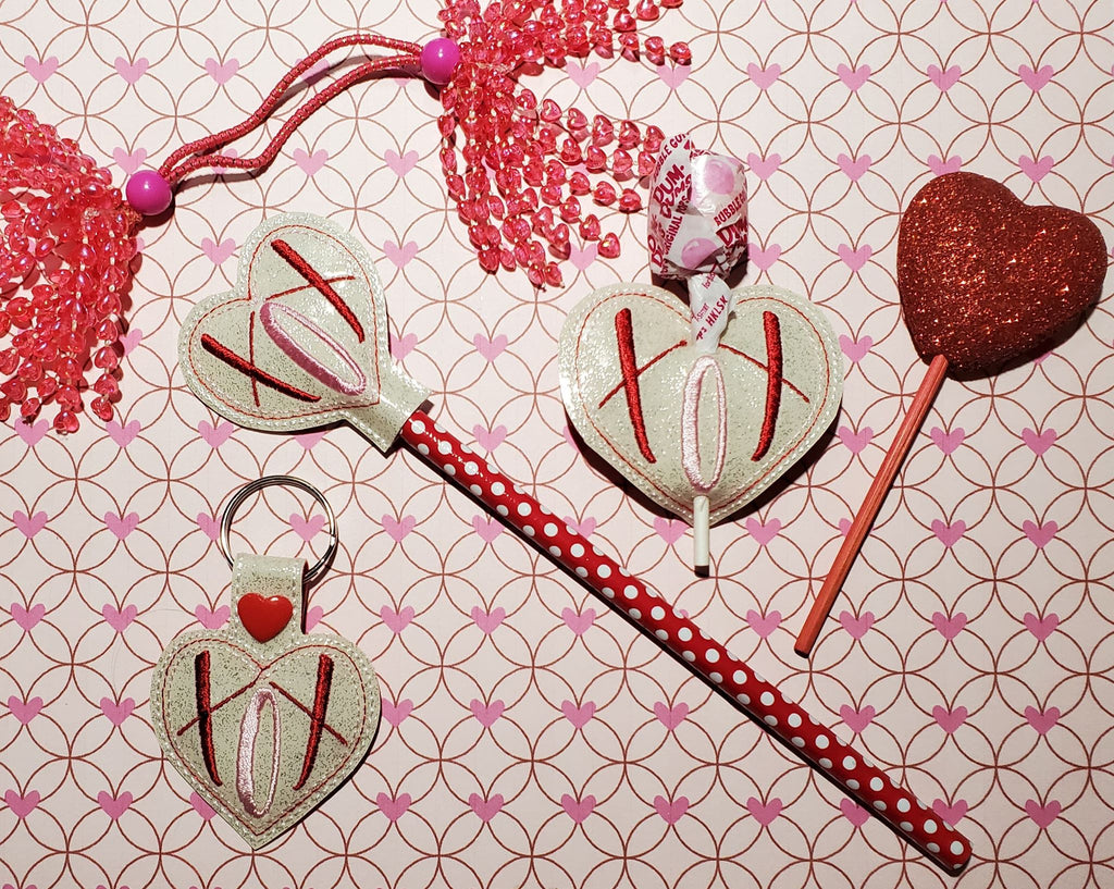 In The Hoop XOX Valentine Set (Pencil Topper, Key Fob, Lollipop Holder) Embroidery Design - Sew What Embroidery Designs