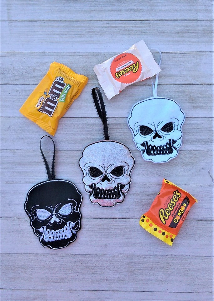 In The Hoop Skull Candy Holder Embroidery Design