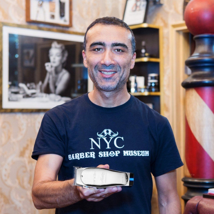 NYC Barber Shop Museum Donation T-Shirt y Arthur Rubinoff featuring Andis Clippers