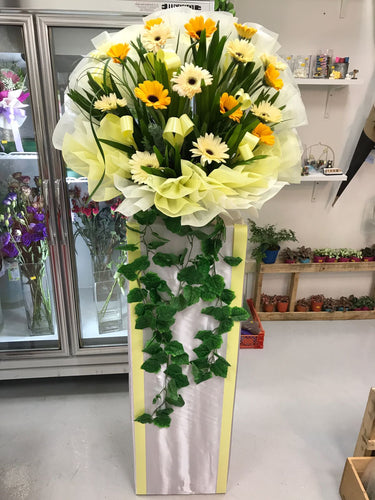 Yellow fresh flower Stand with Ivy