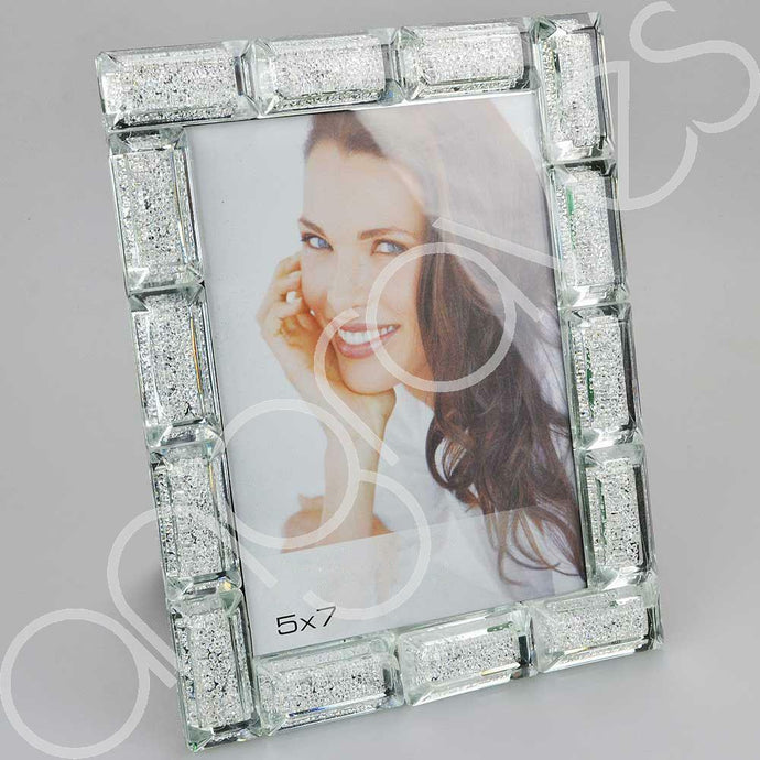 Block Diamond Crush Photo Frame (5 x 7 inch) - Angraves Memorials