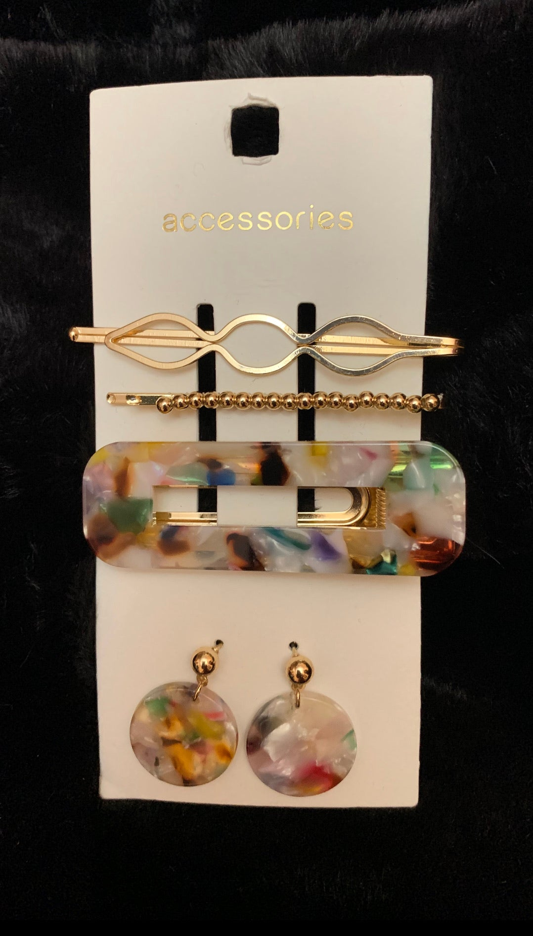 C&A hair clips set 2 - Shop Station EG