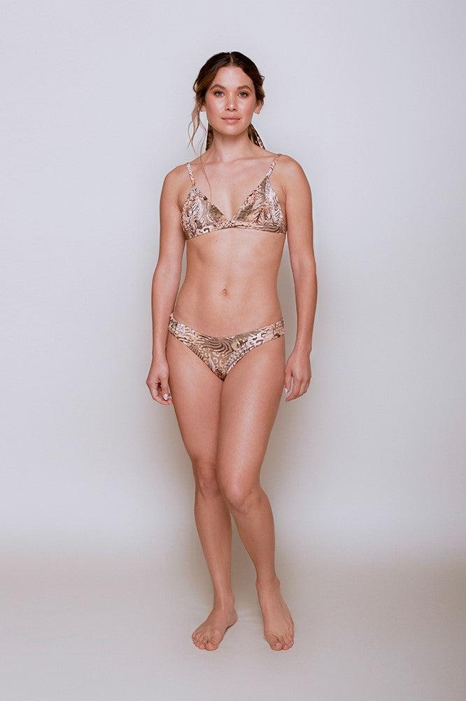 Agbani Bikini -  - MODE Revolution -Sustainable Fashion