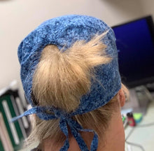 Load image into Gallery viewer, Reversible scrub cap with ties!