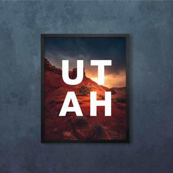 UTAH Glowing Light with Modern Type