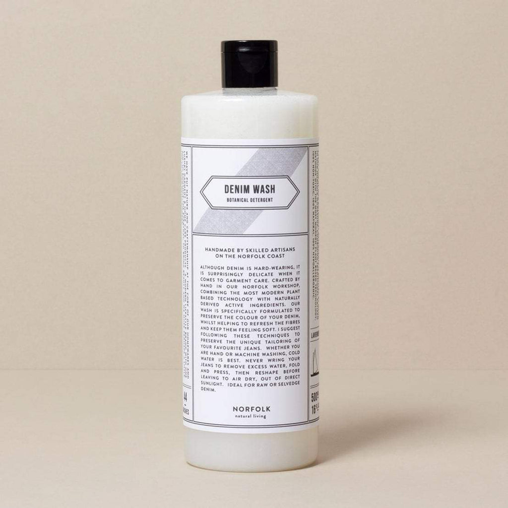 Natural specially-formalised denim detergent which preserves natural colour and softens fabric.