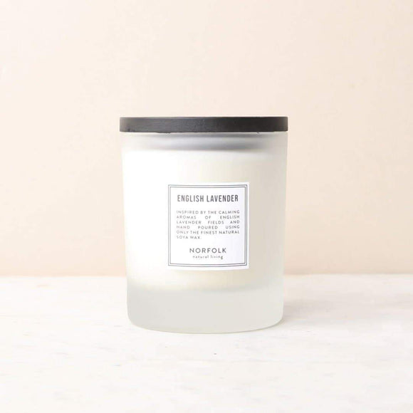 Lavender-scented candle with 50oz (10-hour) burning capacity. Naturally, subtly scented with natural Norfolk lavender, hand-poured with natural wax in a small workshop on the Norfolk coast.