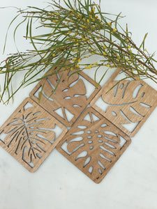 Monstera wooden coasters. Made from eucalyptus wood.