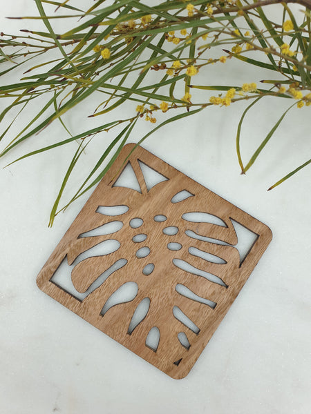 Wooden leaf coasters