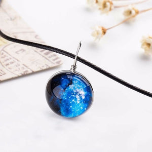 10 Types of Universe Necklaces