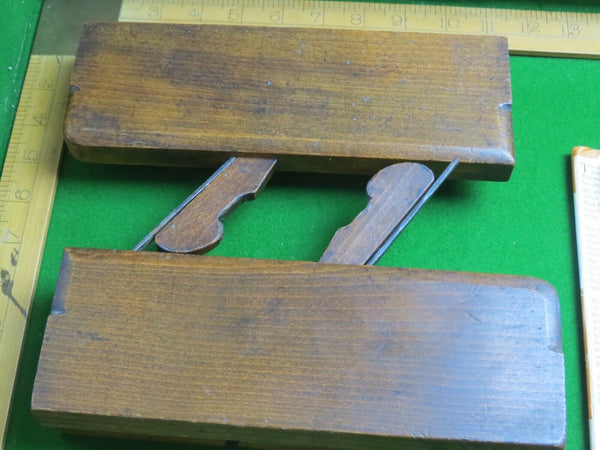 "Pair Moseley 5/8"" sash moulding plane - Boyshill Tools and Treen"