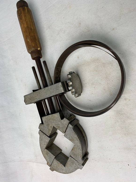 UNUSUAL AND VERY USEFUL PICTURE FRAME CRAMP 18INS - Boyshill Tools and Treen