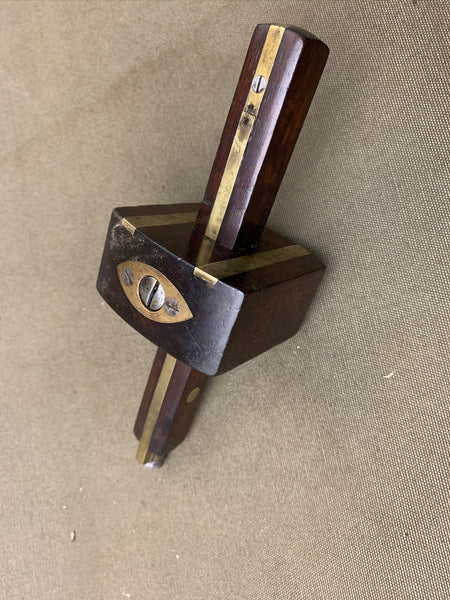 NICE ROSEWOOD MORTICE GAUGE BY THOMAS IBBOTSON - Boyshill Tools and Treen