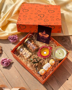 Unbox Wishlist Diwali Hamper with Assorted Chocolates ,Indian Sweets , Dryfruits , Savoury .🎁