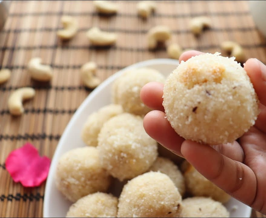 Rava ladoo/laddu  | Energy Balls | Purely Homemade | Low Fat healthy & delicious - No added preservatives - 100% Organic