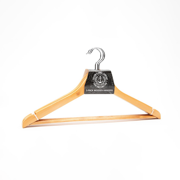 3PK NATURAL WOOD HANGERS SALTY CREST