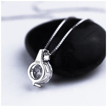 Load image into Gallery viewer, Classic Simple Pendant Necklace