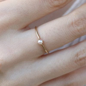 Mini Pearl forever ring