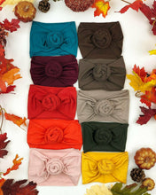 Load image into Gallery viewer, Solid color Rose knot headband (different colors)