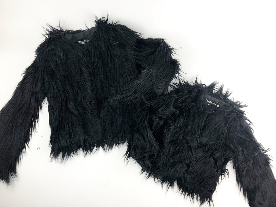 Adult faux fur coats (2 colors)
