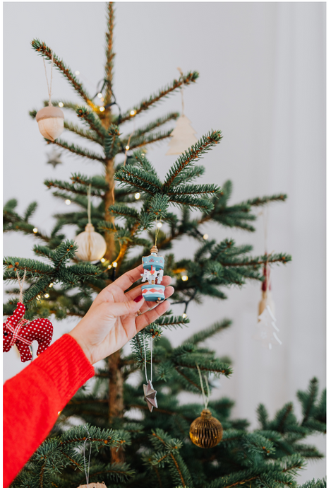 Decorating tips for a tree-mendous Christmas tree