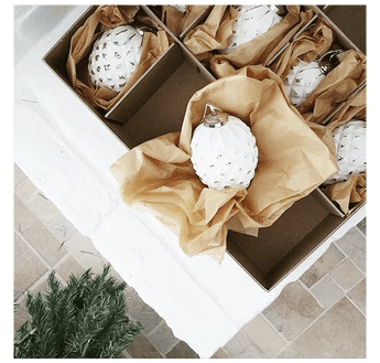 Un-Deck the Halls: Organize Your Holiday Décor
