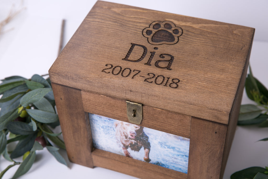 Pet Memory Box/Urn Dog Memorial Photo Frame Chest, Personalized