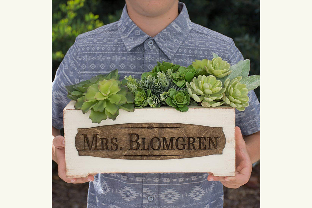 Vintage Style Personalized Planter Box - Teacher Name