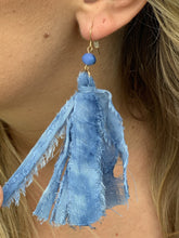 Load image into Gallery viewer, Cloth Tassel Blue Earrings