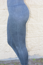 Load image into Gallery viewer, Navy Compression Leggings
