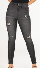 Load image into Gallery viewer, Vintage Jessie Skinny Jeans