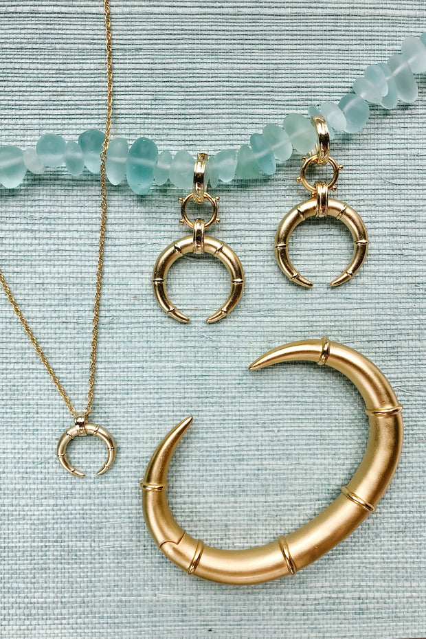 Ashley Childers, Hestia Horn Collection