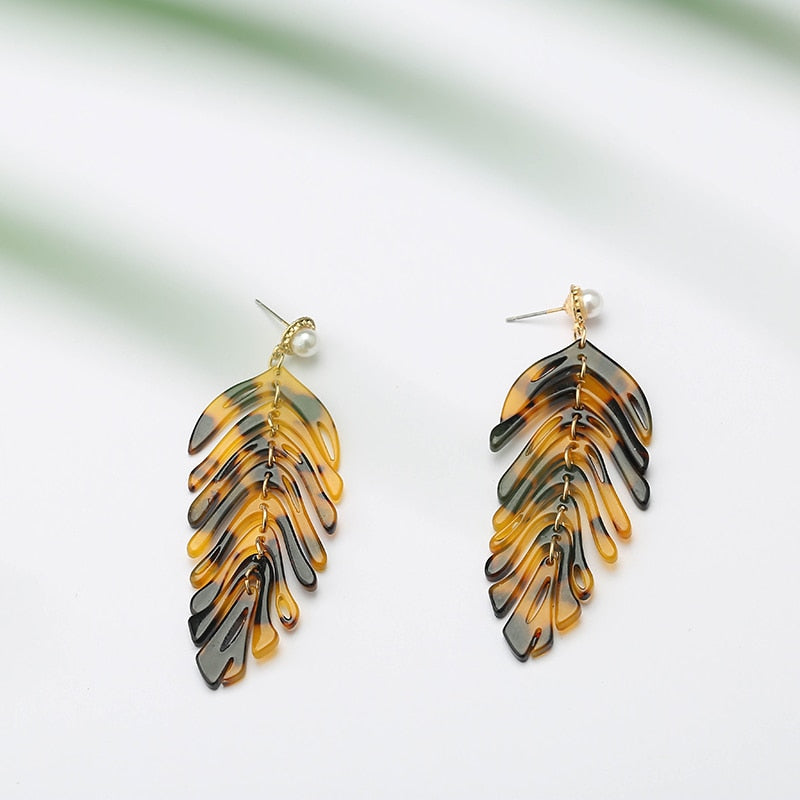Leaf Dangle Earrings - Blue Belle Alley