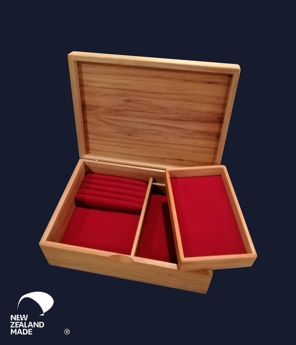 Rimu Jewellery Box Medium With Tray