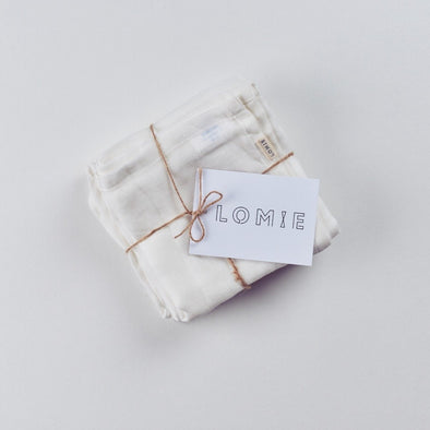 Set of 4 Large Organic Cotton Muslin Squares - LOMIE baby
