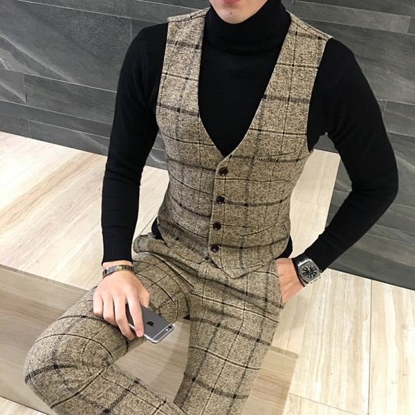 Men's New design wool suit for wedding or business wear