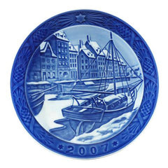 ROYAL COPENHAGEN - Christmas Plate 2007