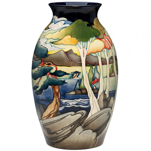 moorcroft-Group of Seven Vase 73/18 (2018)