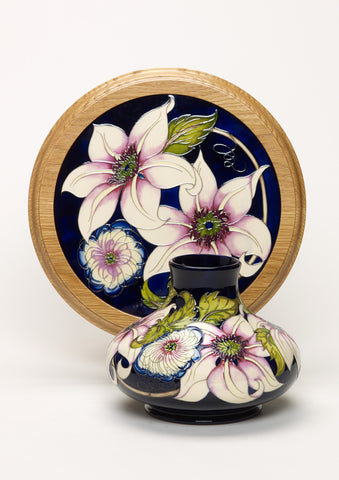 moorcroft-Pure Innocence Plaque PLQ18