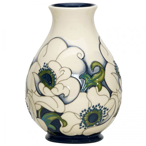 moorcroft snow song vase 7/7 2018