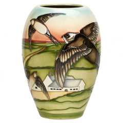 MOORCROFT - Swifts Vase 102/7 Countryside Collection (2017)