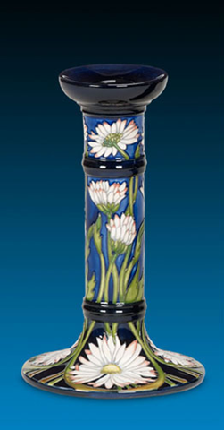 moorcroft-Meadow Daisy Candle Holder 849/8 (2016)